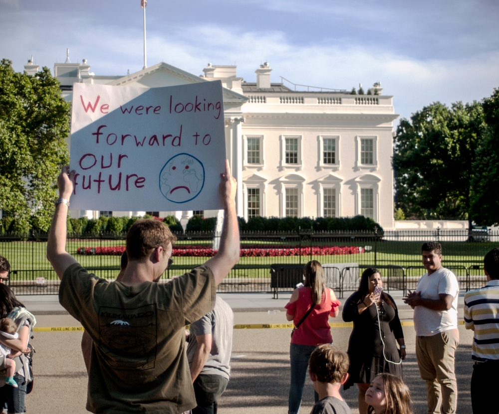 Protest against U.S. withdrawal from Paris Agreement on Climate Change ...